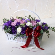 12 Pink and White Roses in basket