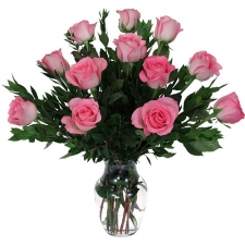 1​2 pink roses in bouquet